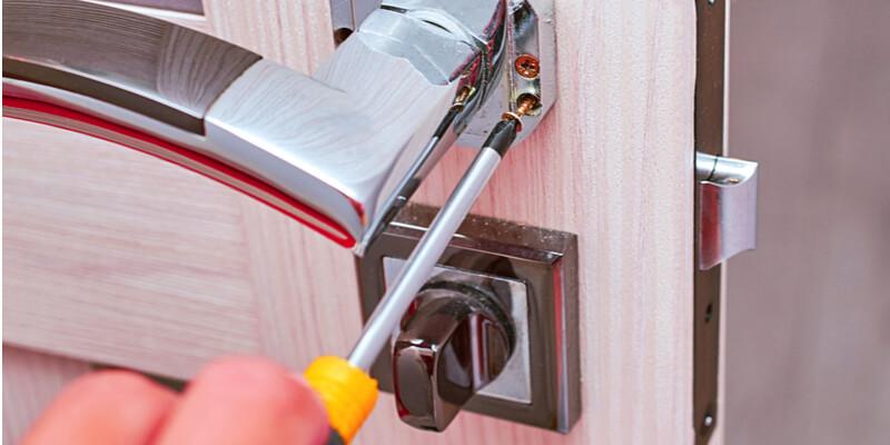 locked out of apartment locksmith - Frank Security Locks - Locksmith